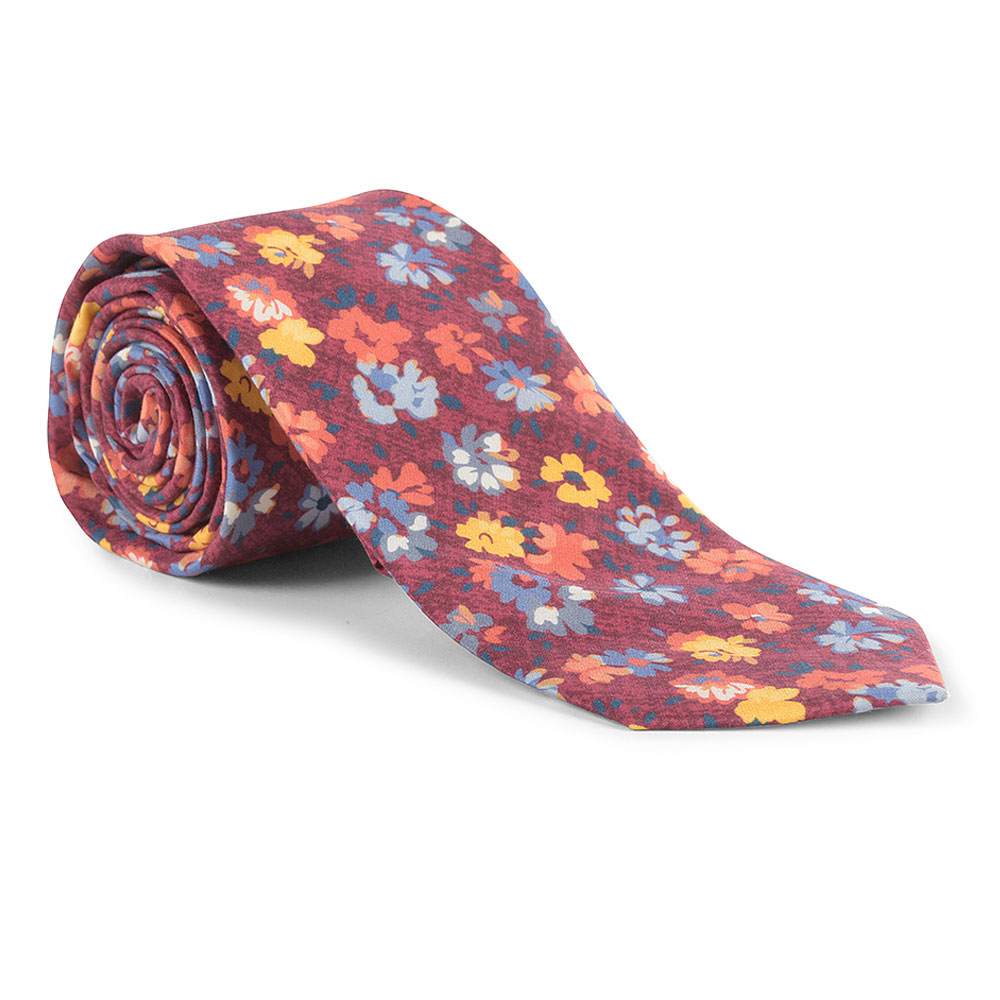 Tie and Pocket Square in Raspberry